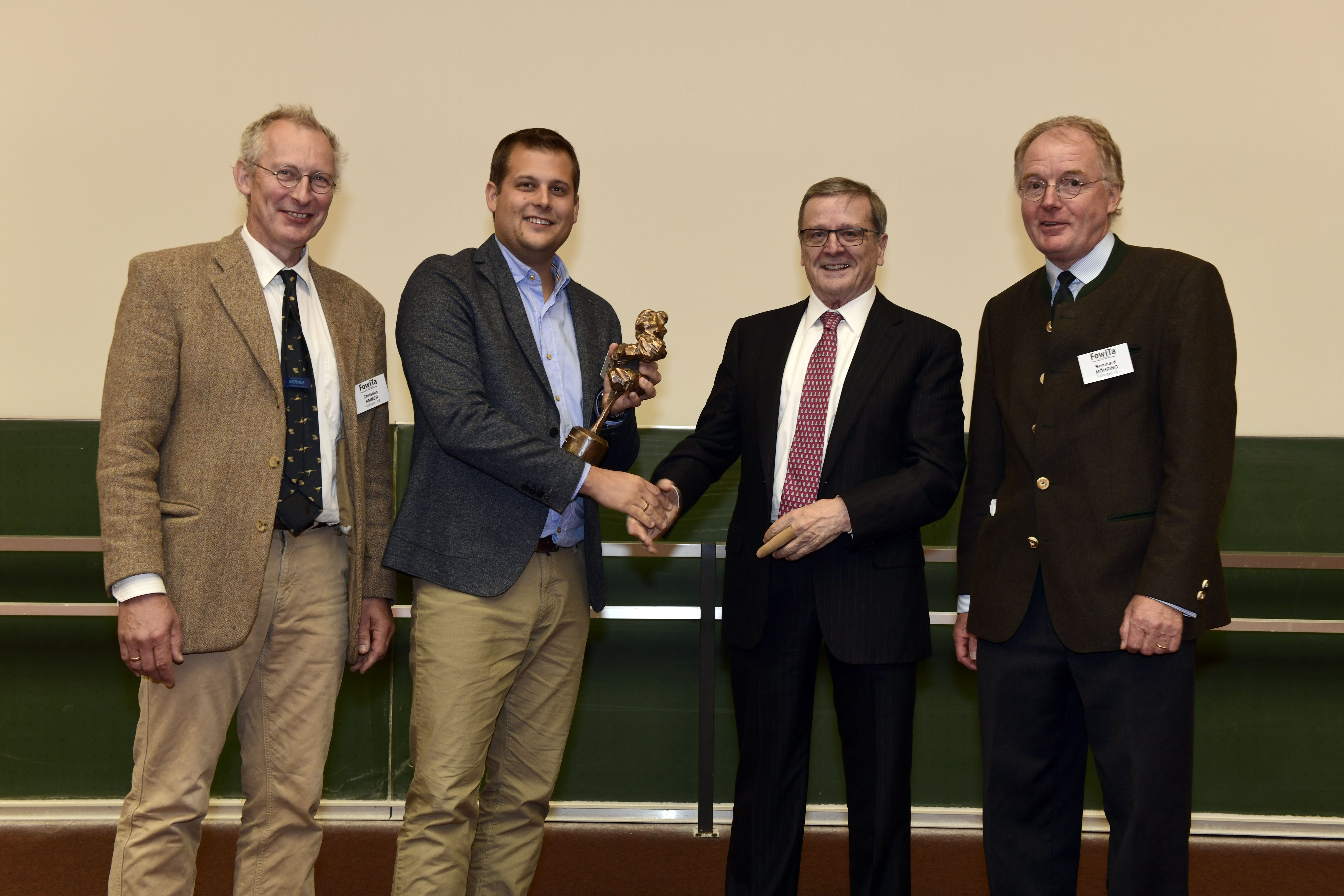 German Forest Science Prize (from left): Prof. Dr. Christian Ammer (Member of the prize committee), Dr. Dominik Seidel, Robert Mayr and Dean Prof. Dr. Bernhard Möhring.