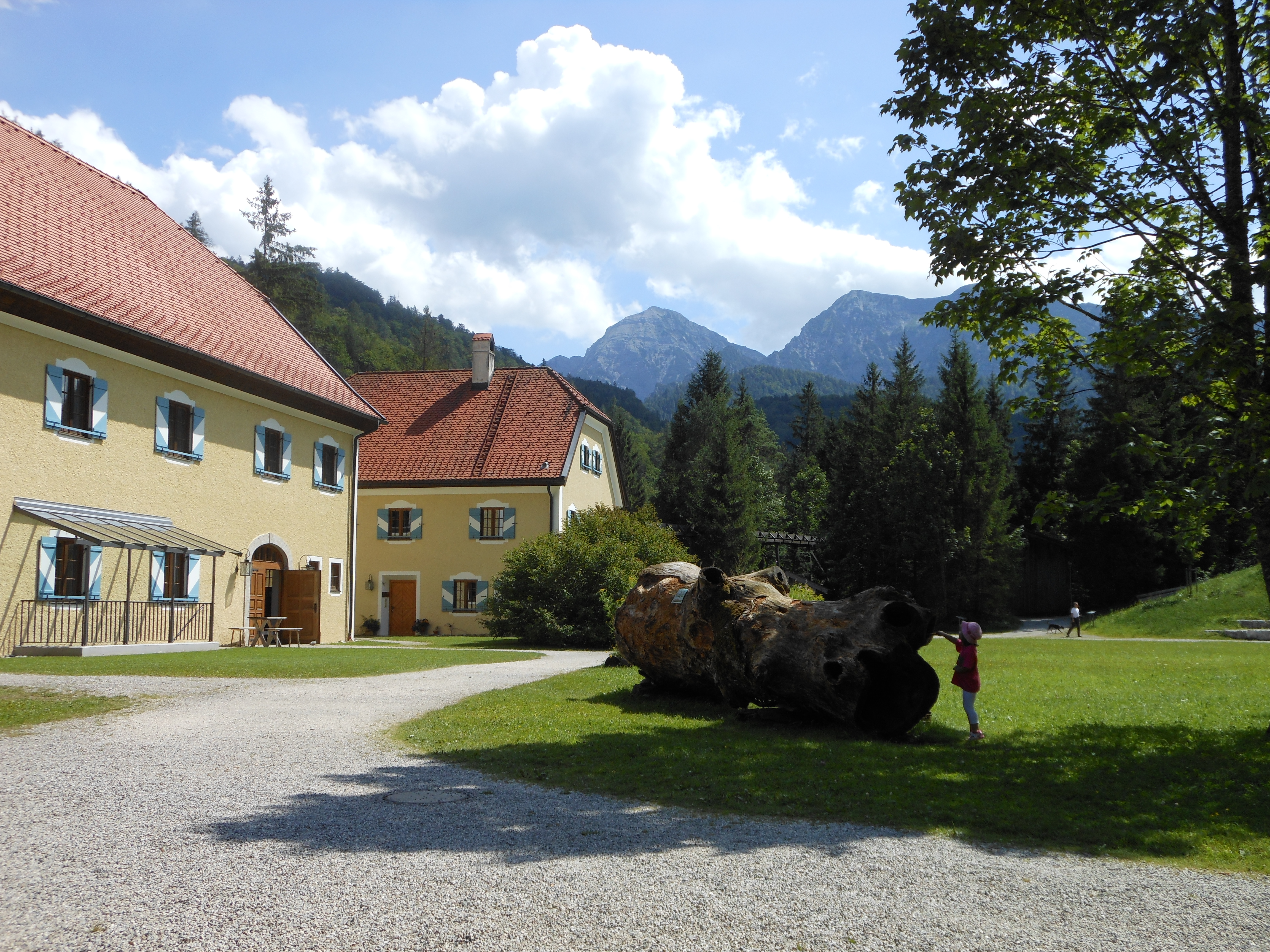 New Paths for Woodcutter Museum in Ruhpolding