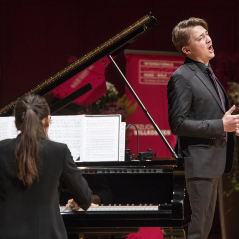 1. prize: Konstantin Ingenpaß, Bariton (Germany, born 1991) and Hyun-hwa Park, piano (South Korea, born 1987)